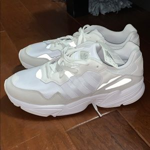 NWT adidas White Yung-96 Shoes✨
